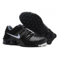 Chaussures en cuir Nike Shox Pas Cher