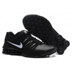 Homme Noir/Blanc Chaussures en cuir Nike Shox