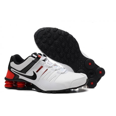 Hommes Nike Shox Chaussures en cuir blanc/noir/rouge actuelles