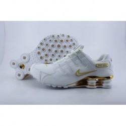 Chaussures de course à pied Nike Shox NZ Blanc/Or